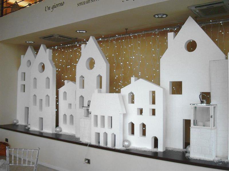 lavorazione polistirolo gemica design comunicazione On oggetti in polistirolo per vetrine